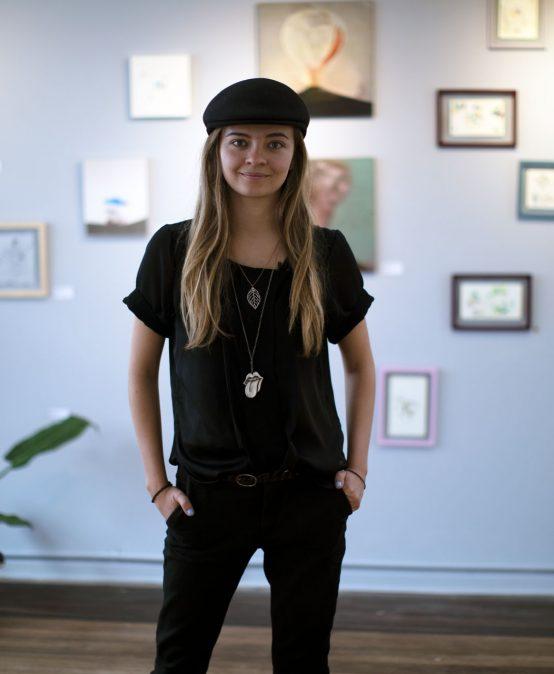Video – Es muy difícil entrar solo al mundo del arte: María José Sánchez, egresada de Arte