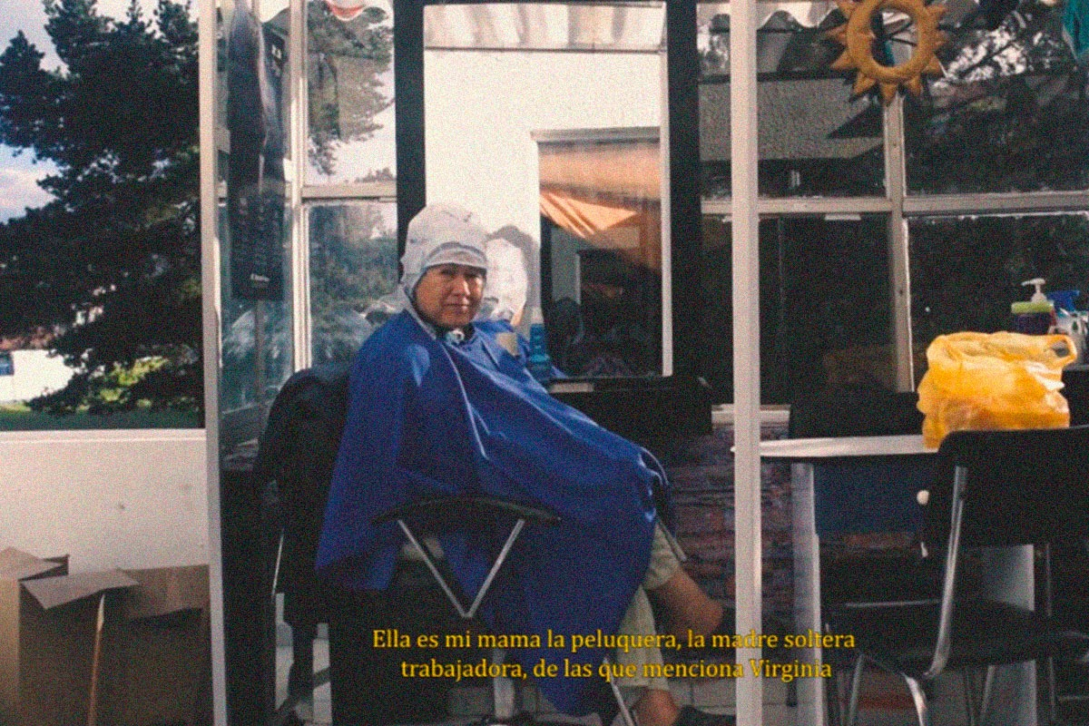 Peluquería en llamas – Laura Alejandra Sierra